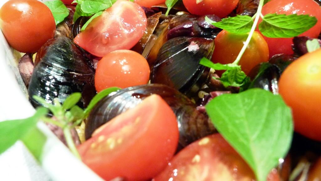 pasta s midi i chery domati