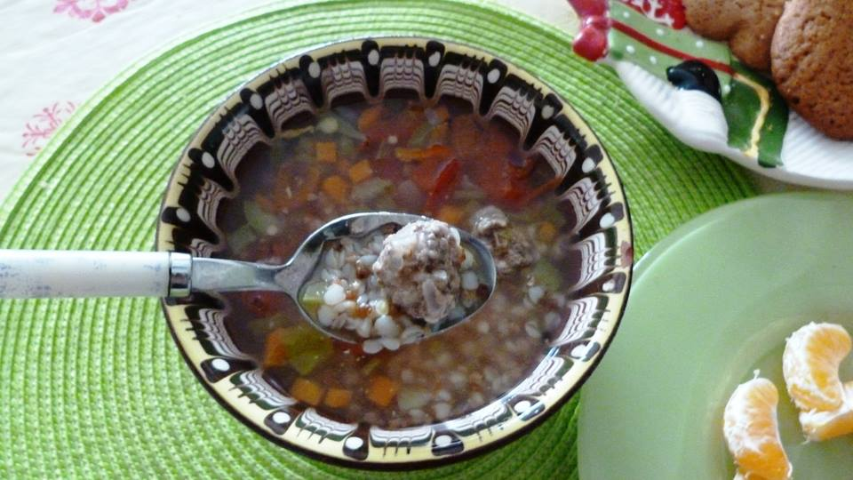 Супа топчета с елда